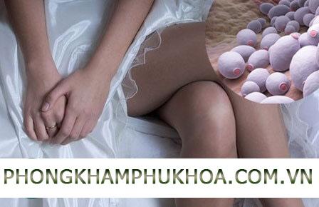 Bị viêm nấm âm đạo quan hệ có sao không?